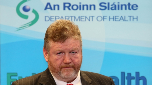 Fine Gael TDs told Minister Reilly of the pressure they are facing over the medical card isue