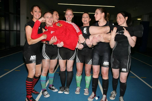 The Dublin Female Strength Club and their trainer, Jay Farrant