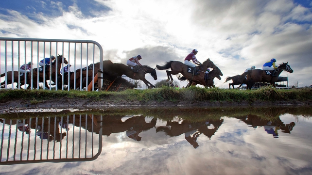 There were three winning favourites on Thurles' six-race card