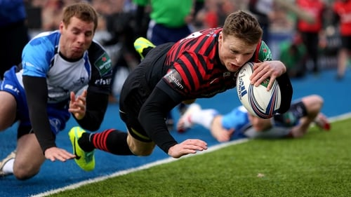 Saracens scored eleven tries as they hammered Connacht