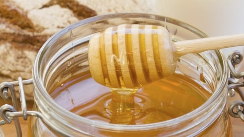 Neven Maguire's Honey and Clove Sauce