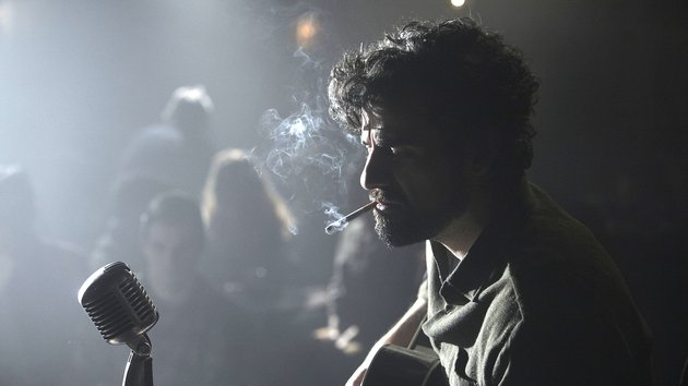 Oscar Isaac excels as a down-and-out musician in 60s New York