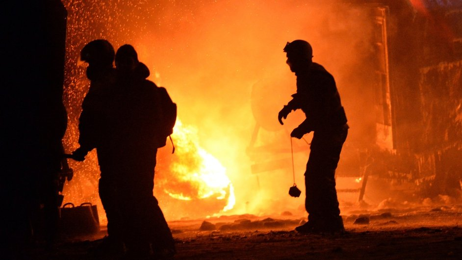 Protesters clashed with police in central Kiev overnight