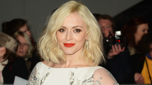 Fearne Cotton claims that Lily Allen serial-blanked her at the Brits