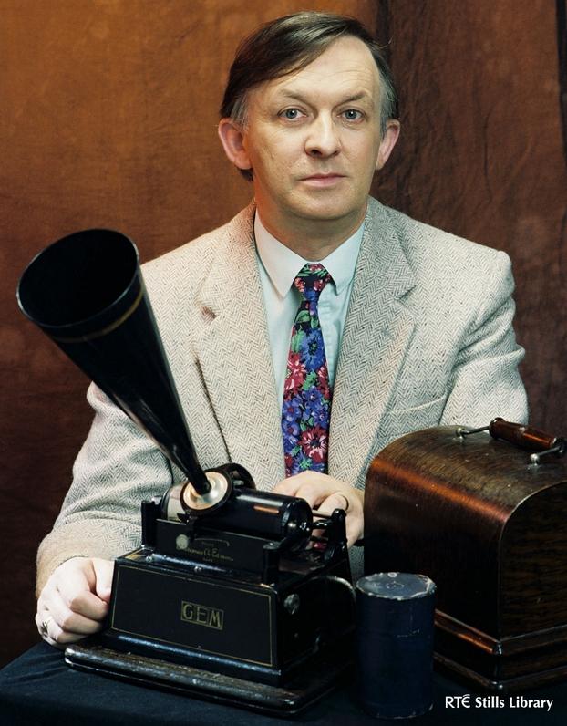Nicholas Carolan (1994)