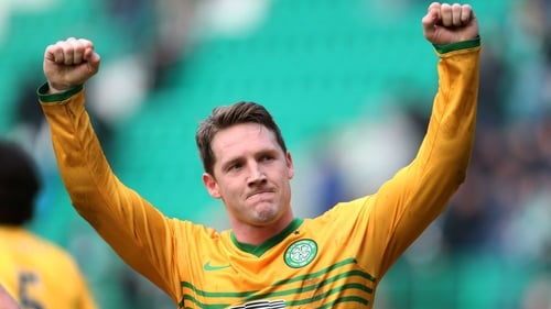 Kris Commons in action for Celtic against Hibernian