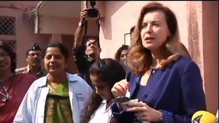 Hollande's ex Valerie Trierweiler visits India