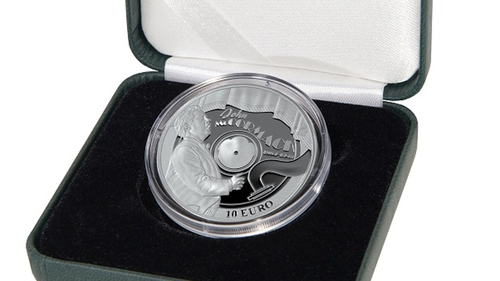 The new John McCormack €10 coin Pic: Courtesy of Central Bank