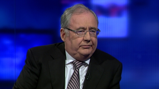 Pat Rabbitte said  Eamon Gilmore should stay as Labour leader