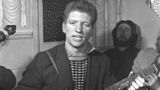 Luke Kelly In Johnnie Fox's Pub