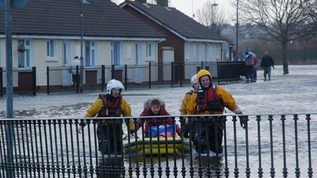Hundreds of people had to be evacuated from their homes in Limerick city (Pic: Aidan Ryan)