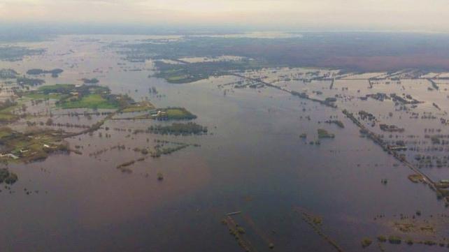 Serious flooding seen around Ballinasloe and Athlone areas (Pic: Irish Air Corps)