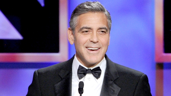 Clooney - No plans to join Twitter