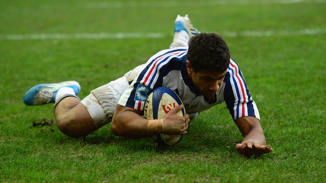 Wesley Fofana of France goes over for a try