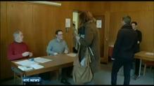 Swiss votes to limit EU immigration