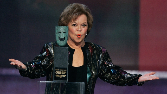 Shirley Temple Black accepted a Life Achievement Award at the 12th Annual Screen Actors Guild Awards in 2006