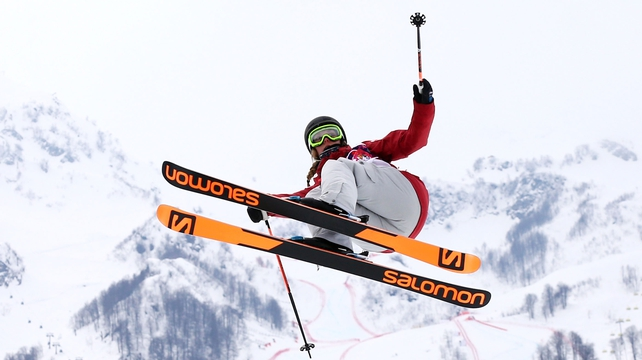 Dara Howell secured gold with her first run of the slopestyle final