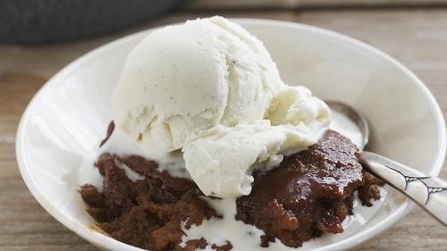Vanilla Ice Cream: Neven Maguire style