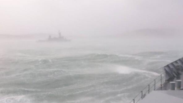 The LÉ Niamh and LÉ Eithne travel in  difficult conditions off the southwest coast (Pic: Defence Forces)