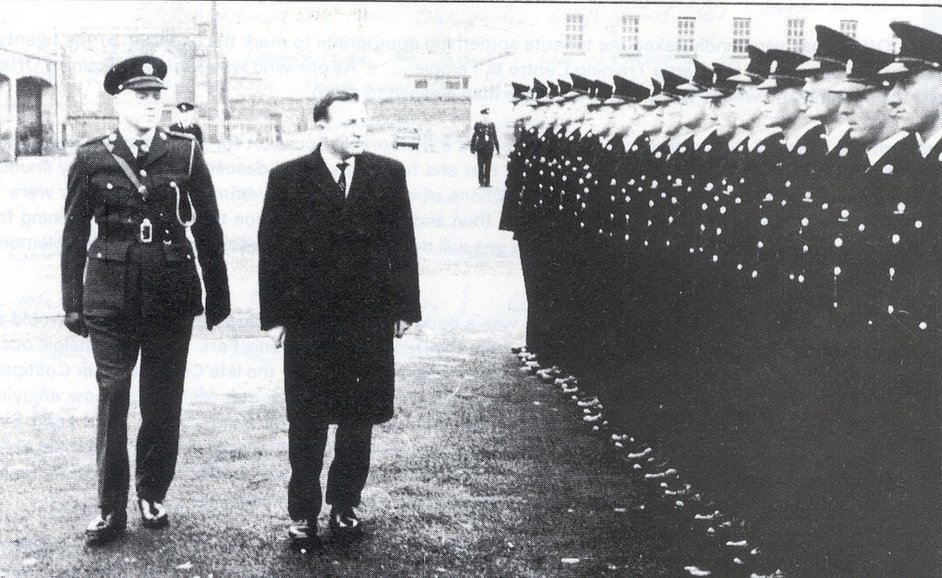 Superintendent Doherty and Charles Haughey inspect the guard of honour (Pic: An Garda Síochána)