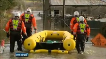 Floods force families to evacuate homes in Galway