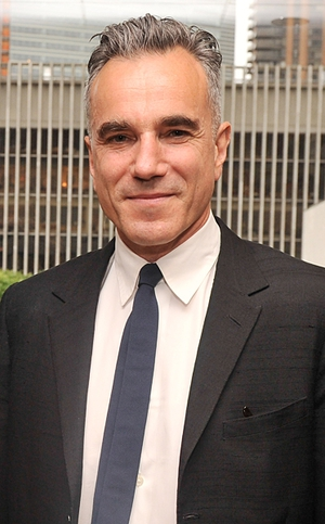 It was announced that three-time Academy Award winner Daniel Day-Lewis will present an award at the Oscars next month