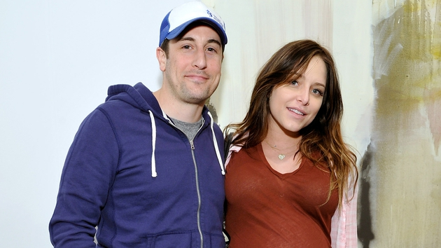 Jason Biggs and wife Jenny Mollen welcome baby boy
