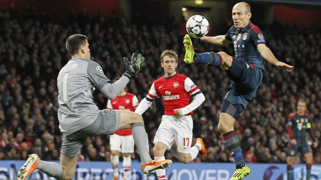 Wojciech Szczesny was sent off for this tackle on Arjen Robben