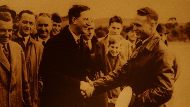 Pioneers and Aviators - De Valera shakes hands with Charles Lindbergh on Irish soil