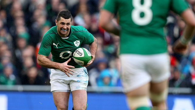 Rob Kearney is looking forward to battling with Mike Brown