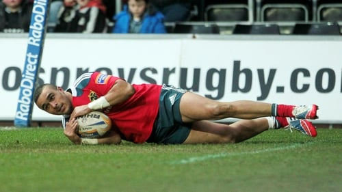 Simon Zebo goes over for his try against Ospreys