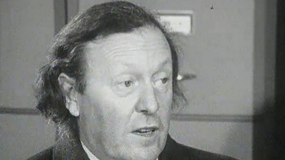 Conor Cruise O'Brien (1974)