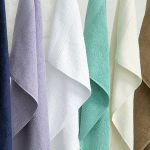 Plain Dye Hand Towels €3.00