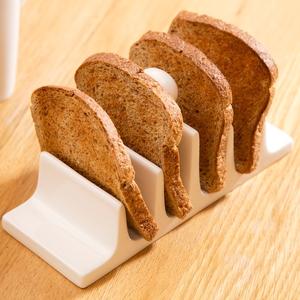 Selva toast dish €7