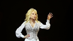 Dolly Parton: Glastonbury-bound