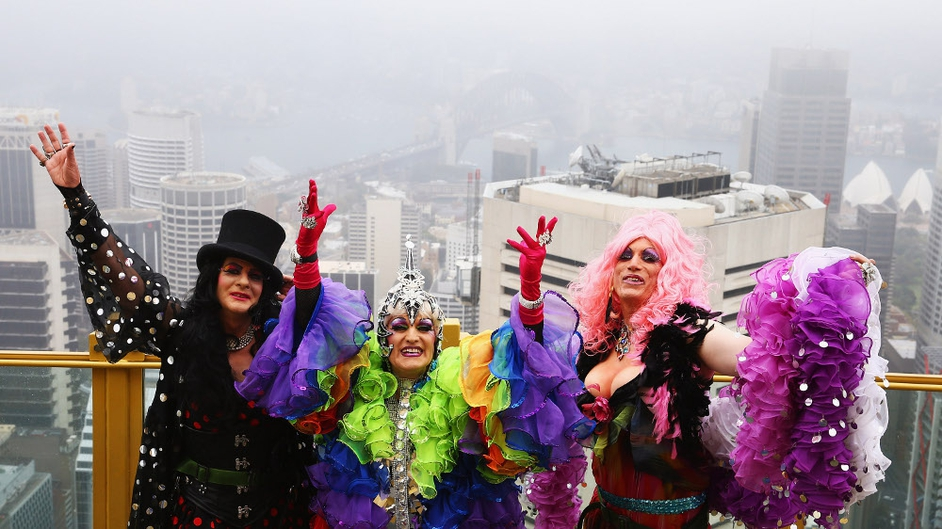 Drag Queens Dawn Service, Miss 3d and Roma Therapy pose at Sydney's Skywalk