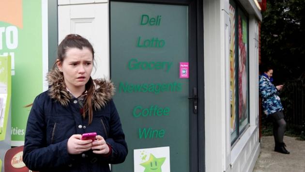 Rachel receives a disturbing text