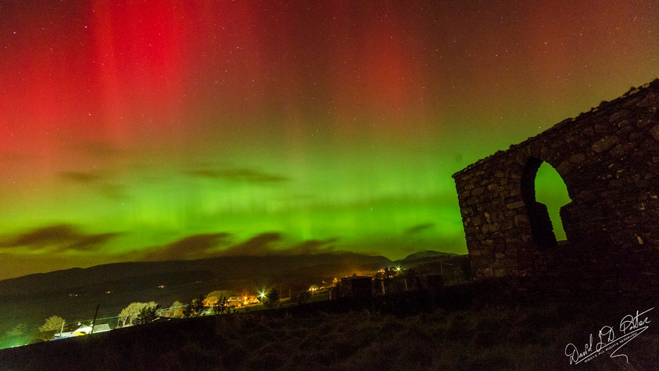 Green light over Green Hill (Pic: David Porter)