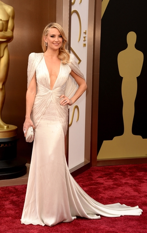 Kate Hudson in Versace (2014)