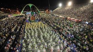 Samba school Mocidade Independente performs at sambodromo during the carnival of Rio de Janeiro (Pic: EPA)