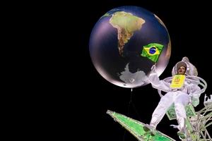 A member of Mocidade Samba School