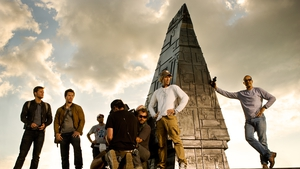 Transformers: The Age of Extinction (L-R): Jack Reynor; Mark Wahlberg; 2nd Assistant B-Camera Casey 'Walrus' Howard; 1st Assistant B-Camera John Kairis with back to camera; B-Camera Operator Lukasz Bielan; Director Michael Bay; and Director of Photography