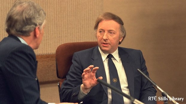 Arthur Scargill with Gay Byrne on The Late Late Show (1985)