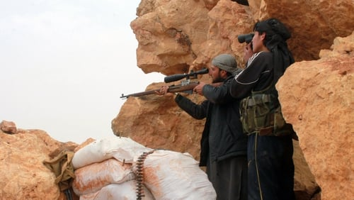 US President Barack Obama is set to authorise US troops to train selected Syrian rebels