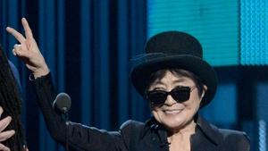 Yoko One hospitalised