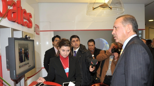 Tayyip Erdogan giving an interview via YouTube in 2009