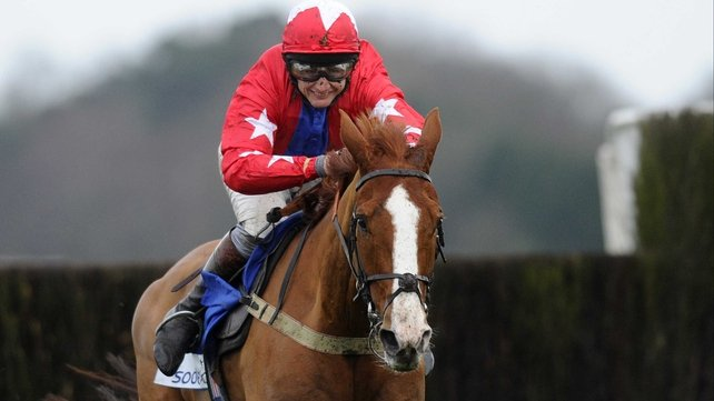 Sire De Grugy turned in a near fla