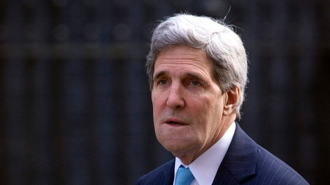 John Kerry said US would impose additional sanctions on Russia if tensions in Ukraine were not de-escalated