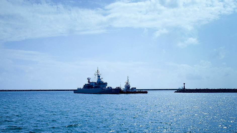 Malaysian Navy ship KD Kasturi arrives at the Kuantan Naval Base to refuel and restock after a search operation