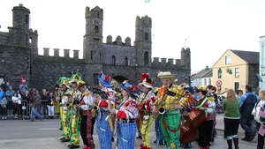 The Woodland Band from Philadelphia performs at the castle gates in Macroom (Pic: Sean Mac Suibhne)